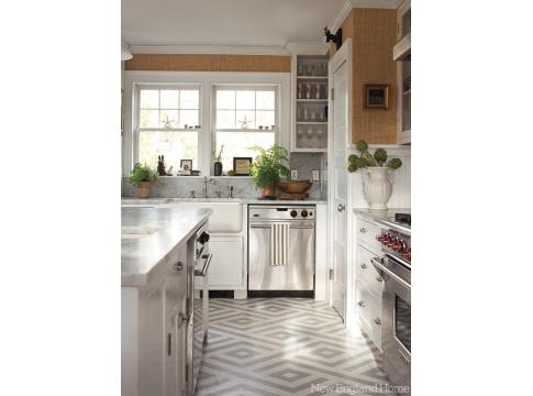 A few of us have seen this kitchen, but oooohh, love the floor here!