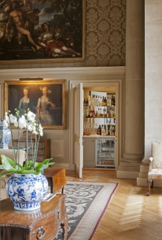 I love this room as well. By Henrietta Spencer-Churchill.