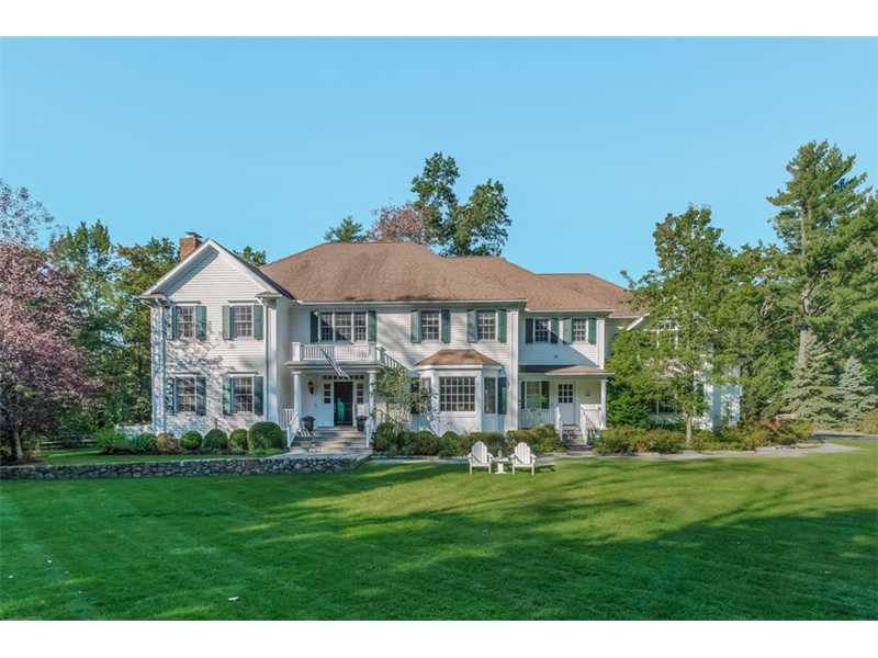 141 brookside road 5 bedrooms 7 full 2 1 2 baths approximately
